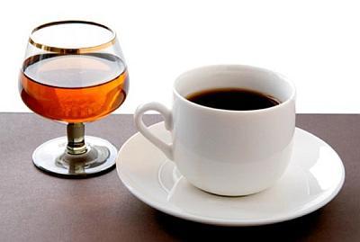 Кофе и алкоголь ускоряют старение