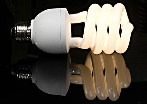 Энергосберегающие лампочки содержат ртуть